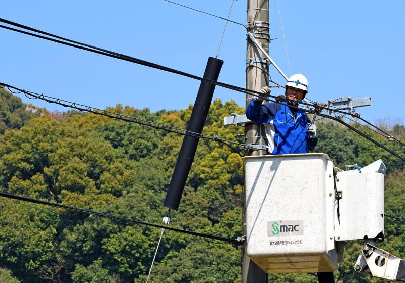 情報通信会社の設備構築を提供